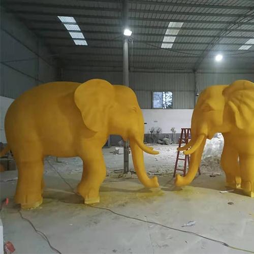大象泡沫雕塑